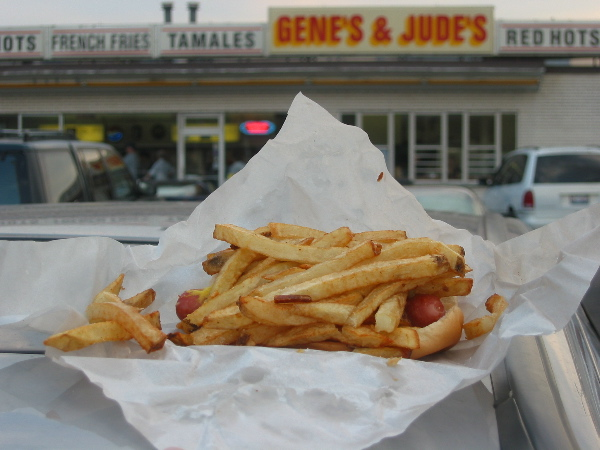 hot dog with fries at gene's and jude's in chicago